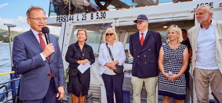Grenzüberschreitende Schiffstaufe Smetana am Moldaustausee